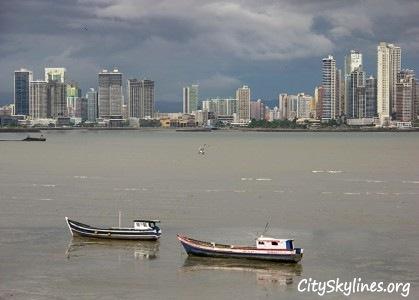 Panama City Skyline, Storm front