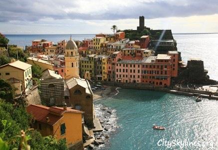 Cinque Terre Skyline, Italy